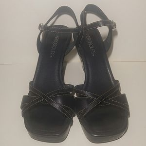 Black Aerosoles High Heels with Leather Straps
